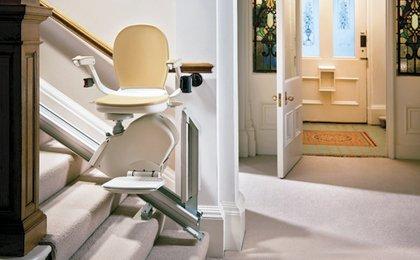 Sillas salvaescaleras sillas elevadoras para cualquier for Sillas ascensores para escaleras precios